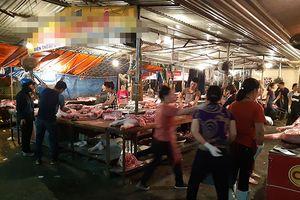 100% thịt lợn tại chợ Nghệ (Sơn Tây) không có dấu hiệu kiểm dịch