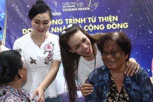 Người đẹp Doanh nhân trao quà cho người nghèo ở Cần Thơ