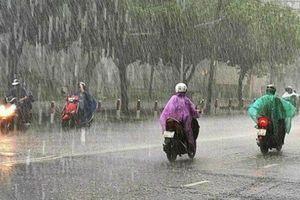 Miền Bắc và miên Trung: Cảnh báo mưa dông diện rộng