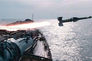 Bốn tàu chiến Hạm đội Biển Đen Nga khai hỏa sát sườn Syria