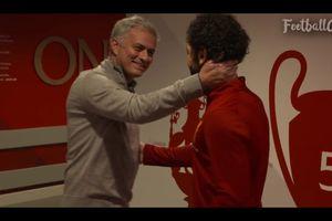 Mourinho cũng phải vỗ tay thán phục Salah