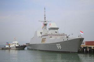 Tàu khu trục Hải quân Singapore thăm Đà Nẵng