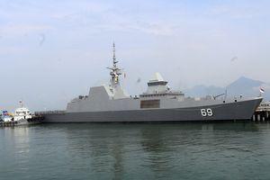 Tàu khu trục Hải quân Singapore thăm thành phố Đà Nẵng
