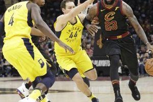 Lebron James hóa siêu nhân, Cleveland thắng kịch tính Indiana Pacers