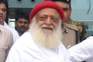 Ấn Độ: Giáo sĩ 77 tuổi Asaram Bapu bị kết án vì cưỡng hiếp