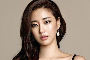Hoa hậu xứ Hàn Kim Sarang nhập viện vì gãy chân tại Ý