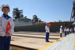 'Nhật không nên băn khoăn về hợp tác Việt - Nga, vai trò của Moscow ở Biển Đông'