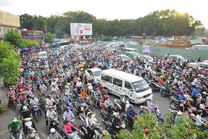 TP HCM Khuyến khích người dân hạn chế đi xe máy đường dài dịp 30/4