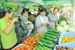 TPHCM và tỉnh Long An đẩy mạnh hợp tác sản xuất, tiêu thụ nông sản
