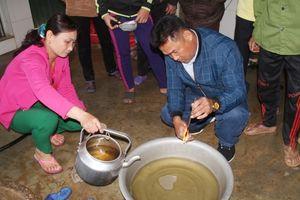 Lộ diện thủ phạm khiến giếng nước bỗng trở thành 'mỏ dầu' ở Hà Tĩnh