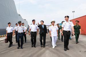 Tàu Hải Quân Singapore cập cảng Tiên Sa thăm xã giaoThành phố Đà Nẵng