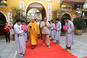 Chủ tịch Quốc hội Sri Lanka thăm và làm việc với Trung ương Giáo hội Phật giáo Việt Nam