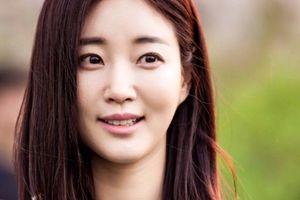 Hoa hậu Hàn Quốc Kim Sa Rang bị gãy chân nghiêm trọng