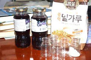 Uống nước đỏ, bột màu để nhập 'Hội Thánh Đức Chúa Trời'