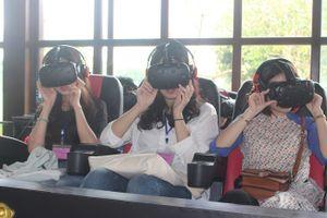 Khám phá 'Trung tâm VR'… tìm về Hoàng Cung Huế 200 năm trước
