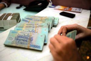 Giả cán bộ ngân hàng cho vay tiền để lừa đảo