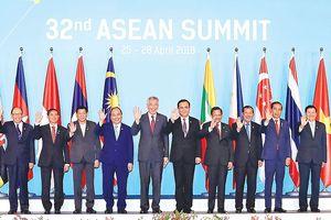 Hội nghị Cấp cao ASEAN lần thứ 32: Gắn kết cùng phát triển