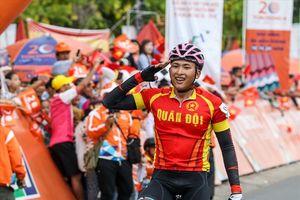 Nguyễn Thành Tâm sắp là chủ nhân áo vàng chung cuộc