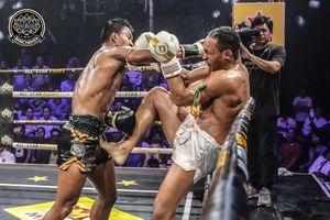 Buakaw đánh bại nhà vô địch châu Âu trẻ hơn 15 tuổi