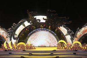 Tưng bừng đêm Carnaval Hạ Long 2018