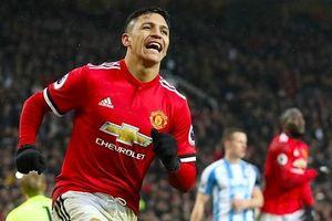 MU - Arsenal: Ngôi sao Sanchez lần đầu chạm trán đội bóng cũ