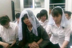 Khám xét, phát hiện 12 người truyền đạo 'Hội thánh Đức Chúa Trời' trái phép