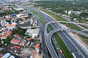Cởi nút thắt hạ tầng để phát triển đô thị