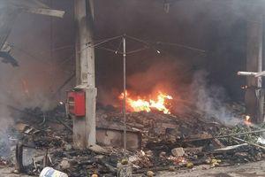 Hà Nội xảy ra 2 vụ hỏa hoạn trong ngày 30.4