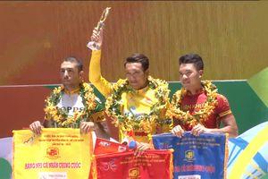Giải đua xe đạp 'Non sông liền một dải': Tay đua Nguyễn Thành Tâm đoạt giải Áo Vàng chung cuộc
