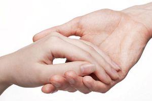 5 kiểu bàn tay luôn có thần may mắn che chở, tiền tiêu thả ga