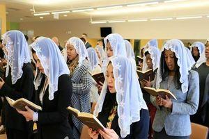 Sinh viên đang là 'miếng mồi ngon' của tín đồ 'Hội Thánh Đức Chúa Trời'