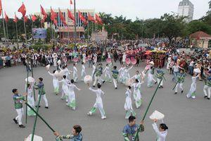 'Bội thực' món ngon Festival Huế