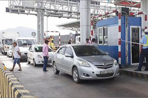 Ùn tắc Quốc lộ 1A, buộc phải xả trạm BOT Ninh Lộc