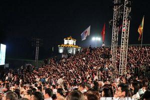 Hàng vạn người dân và du khách dự lễ bế mạc Festival Huế 2018