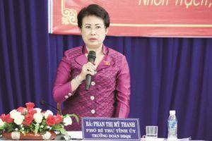 Bà Phan Thị Mỹ Thanh 'đá lấn sân' giúp công ty chồng thế nào?