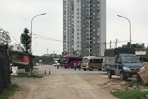 Hà Nội: Chính quyền phường Đại Kim làm ngơ cho những bãi xe không phép?