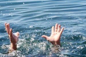 Đi tắm biển, 2 học sinh chết đuối thương tâm