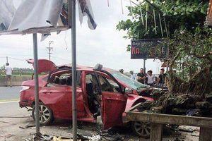 Xe Accent của chủ quán karaoke tại TP. Hải Phòng bị nổ tung trong đêm