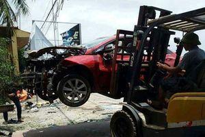 Công an vào cuộc điều tra vụ ôtô nổ tan tành nghi bị gài mìn