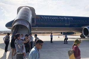 Máy bay hạ cánh nhầm đường băng ở Cam Ranh là do lỗi của tổ lái