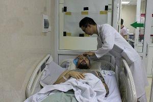Người nước ngoài chấn thương sọ não, hôn mê bên lề đường may mắn được cứu sống