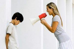 Nếu muốn con ngoan ngoãn, vâng lời thì bố mẹ không nên nói những lời này
