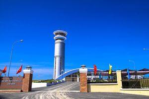 Lãnh đạo quản lý bay đáp gọn, 'né' trả lời vụ hạ cánh nhầm ở Cam Ranh