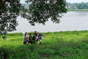 Người phụ nữ bất ngờ lao xuống sông Hương tự tử