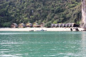 Hải Phòng: Cần xử lý nghiêm các công trình sai phạm trên vịnh Lan Hạ
