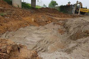 Đường ống nước sông Đà lại bị rò rỉ