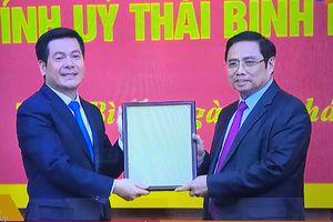 Trao quyết định chuẩn y Bí thư Tỉnh ủy Thái Bình Nguyễn Hồng Diên