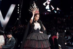 Lan Khuê 'nổi loạn' trong vai diễn Vương hậu Marie Antoinette