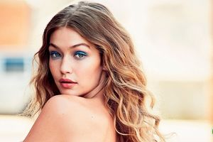 Gigi Hadid trên bìa Vogue bị la ó vì phân biệt chủng tộc
