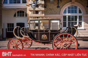 Chiêm ngưỡng những cỗ xe dùng trong đám cưới Hoàng tử Harry và vị hôn thê Meghan Markle